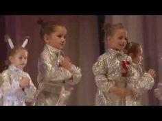 Бэстстарики№9 ,танец Робот Бронислав - YouTube Girls Dresses, Flower Girl Dresses, Wedding Dresses, Flowers, Youtube, Kindergarten, Fashion, Dresses Of Girls, Bride Dresses