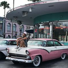 kem đêm transino Disneyland Photos, Disneyland Trip, Disney Trips, Holiday Pictures, Disney Pictures, Insta Pictures, Cute Pictures, Disney Universal Studios, Universal Orlando