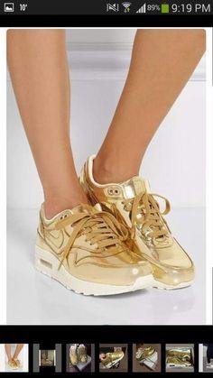 45d45d5c925a28 shoes tumblr nike air max gold gold shoes Fashion Sites