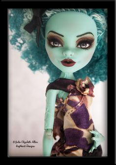~Sabine~ OOAK Custom Monster High Honey Swamp Repaint - IvyHeart Designs