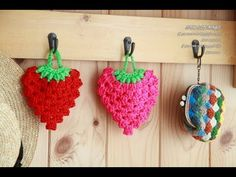 *Crochet strawbery sponges http://blog.naver.com/ssanta302/20196289732 Crochet strawberry sponges 코바늘뜨기 딸기 수세미 도안과 설명 함께 보세요~~^^