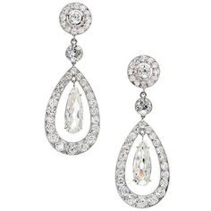 1900 Cartier Paris Diamond Platinum Dangle Earrings (1,542,850 MXN) ❤ liked on Polyvore featuring jewelry, earrings, bijoux, platinum earrings, platinum diamond earrings, diamond earrings, antique jewellery and long earrings