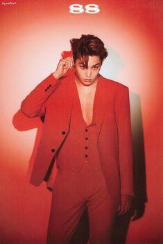Sekaibaek in red! This has to be my favorite color on all of them. - EXO kpop kai jongin kimjongin sehun D.O chanyeol chen baekhyun lay erigom fashion gucci prive louisvuitton Kris Wu, Kpop Exo, Exo K, Cara Delevingne, Chanyeol, Kim Kai, Kim Jongin, Red Suit, Exo Members