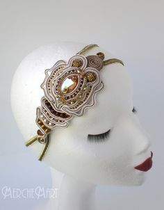 tocados soutache Soutache Jewelry, Beaded Jewelry, Handmade Jewelry, Hair Decorations, Scarf Hairstyles, Shibori, Beaded Embroidery, Hair Pins, Bridal Hair