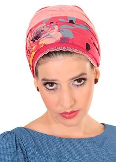 Red head wrap with flowers