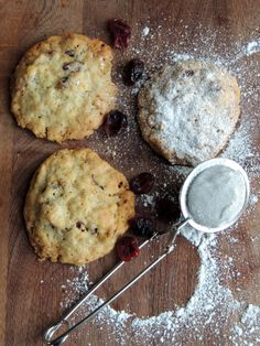 Cookies med appelsin-tranebær og kardemomme ca 20 stk: