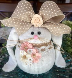 How To Make Sock Bunnies - Crafty Morning Sock Crafts, Bunny Crafts, Easter Crafts, Easter Decor, Easter Ideas, Easter Centerpiece, Spring Crafts, Holiday Crafts, How To Make Socks
