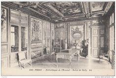 l'Arsenal - Salon de Sully..- LABROUSTE SOUS LE SECOND EMPIRE.-195) .. pavillon d'entrée en 1867-1869. Deux photographies (antérieures à la dernière restauration, donc à l'état actuel). (Fig 27, 28 et 29). Si critiquable qu'ait pu être la reconstitution faite en 1867 (panneaux neufs refaits par Albert Grand), elle se fondait sur la disposition ancienne de la pièce que nous restituons ici d'après le plan coté du cabinet De Cotte (n°25) et avant la transformation de l'alcôve au XVIII°s.