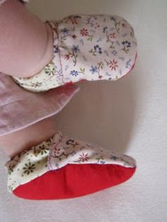 ten recycled craft ideas (Love the fabric scrap baby shoes!)