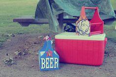 Beer Caddies: Perfect picnic partners. http://sixnsticks.com/