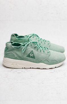 Le Coq Sportif LCS R Flow Womens Nubuck Sneaker - Lichen from peppermayo.com