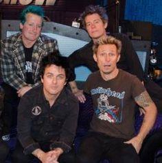 """Green Day toca """"Bang Bang"""" e """"Revolution Radio"""" em rádio americana #Banda, #BangBang, #Disco, #M, #Noticias, #Novidade, #Novo, #Popzone, #Programa, #Rock, #W http://popzone.tv/2016/10/green-day-toca-bang-bang-e-revolution-radio-em-radio-americana.html"""