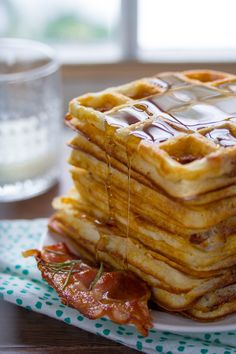 Ultra Crispy Overnight Bacon and Rosemary Yeasted Waffles- the crispiest, most flavorful waffles I've ever had!