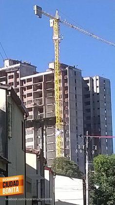 Qué tanto conoces Bucaramanga y su área metropolitana ? Como se llama este edificio ?.... Gracias a Victor Hugo Perico (https://www.facebook.com/victorhugo.pericojerena) por compartir esta foto.