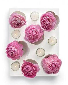Centrotavola estivi fai da te - fiori e candele in uno stampo in silicone