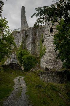 Chateau de Montaigle - Belgium  -   Foto Duena