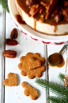 Soijakastike maustaa jouluisen kinuski-juustokakun (+ arvonta) Cookies, Baking, Desserts, Food, Mascarpone, Crack Crackers, Tailgate Desserts, Deserts, Biscuits