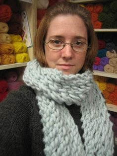 The Super-Fast, Bookmark-This-Page-You'll-Need-it-Later, Scarf  It IS holiday season in the handknit/crochet world.  We're not talking the C...