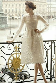 valentino off white dress Lingerie Look, Looks Style, Mode Inspiration, Dream Dress, Dress Me Up, Pretty Dresses, Beautiful Outfits, Gorgeous Dress, Dress To Impress