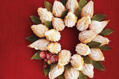 #Peppermint Cream Puff Wreath #Christmas #Recipes #Festive #Holidays