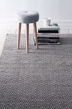 Ellos Home Ullmatta Ekeby cm Svart, Grå, Beige, Blå, Rosa - Ullmattor Beige Carpet, Patterned Carpet, Hall Carpet, Rugs On Carpet, Carpets Online, Living Room Update, Carpet Trends, Floor Design, Carpet Runner
