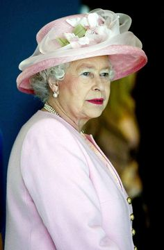 Diamond Jubilee: Queen Elizabeth's Hats In Pictures#slide=666063