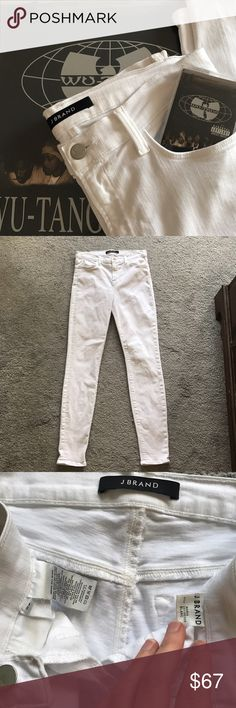 J BRAND Maria White Denim Pants J BRAND  Maria fit (track 9 🐝) White Denim Jeans 👖  Blanc wash  90%cotton 8% polyester  2% elastane  Size 29. 8  Made in the USA 🇺🇸 Excellent pre loved condition 8/10. See last pic some markings on left back pocket hardly noticeable. Only shows in some light J Brand Jeans Skinny