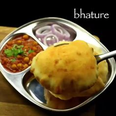 Bhatura Recipe, Chaat Recipe, Indian Veg Recipes, Indian Dessert Recipes, Spicy Recipes, Baby Food Recipes, Cooking Recipes, Paratha Recipes, Paneer Recipes
