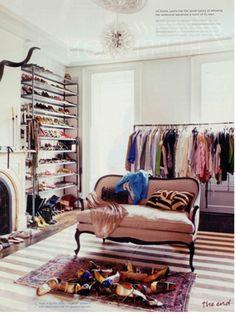 Ah room into a closet