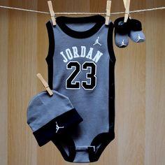 Air Jordan Baby Onesie Jersey Hat Booties - Grey