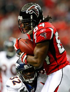 Roddy White  UABathletics Alum and 2004  HawaiiBowl participant put up 102  yrds against the 89ddcfa54