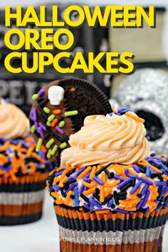If you're looking for an easy to make cupcake recipe for Halloween, this one for double-frosted Halloween Oreo Cupcakes could be it! Take a box of cake mix, frosting, Oreo cookies, and sprinkles, and in no time you'll have these delightfully festive cupcakes ready to put out on your Halloween dessert table! #HalloweenCupcakes #ThePurplePumpkinBlog Halloween Dessert Table, Halloween Desserts, Halloween Food For Party, Oreo Cupcakes, Baking Cupcakes, Oreo Cookies, Cupcake Recipes From Scratch, Dessert Recipes For Kids, Chocolate Melting Wafers