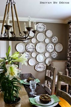 creating a decorative plate wall, dining room ideas, home decor, wall decor. - Home Decor 2017 Plate Wall Decor, Dining Room Wall Decor, Dining Room Design, Plates On Wall, Decor Room, Kitchen Decor, Bedroom Decor, Rustic Walls, Rustic Wall Decor