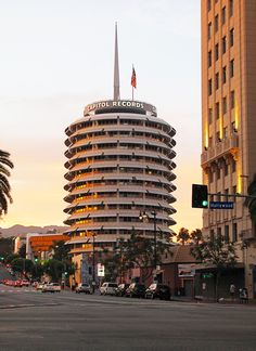 LA - DO: Catch a view of the Capitol Records building at sunset - http://www.jetsetter.com/group/summerinthecity