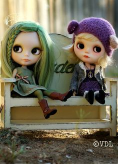 Blythe a day May 6 ~ Best Friends by Voodoolady ♎, via Flickr - love her little cap & the green hair