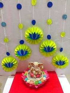 Backdrop Decorations, Festival Decorations, Paper Decorations, Flower Decorations, Background Decoration, Paper Flower Backdrop, Backdrops, Ganpati Decoration Design, Diwali Decoration Items