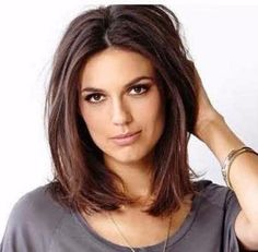 Hairstyles For Long Faces? wanna give your hair a new look? Hairstyles For Long Faces is a good choice for you.Love Hairstyles For Long Faces? wanna give your hair a new look? Hairstyles For Long Faces is a good choice for you. Haircuts For Medium Length Hair, Long Face Haircuts, Medium Bob Hairstyles, Medium Hair Cuts, Short Hair Cuts, Cool Hairstyles, Short Hair Styles, Bob Haircuts, Layered Haircuts