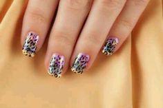 #Leopard spot nails