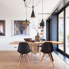 Masculine-Barcelona-Apartment_02.jpg