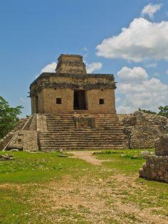 Dzibilchaltun - Yucatan, Mexico (Temple of the Dolls)