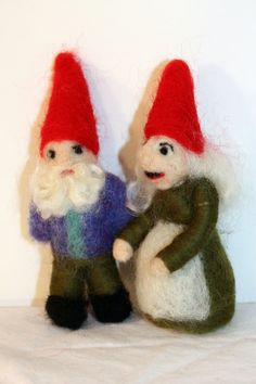 Grandma and Grandpa Gnome Waldorf inspired by susio on Etsy