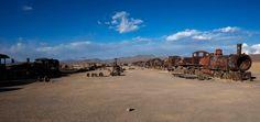 Wo heute Eisenbahnfriedhöfe in der Salzwüste liegen, macht sich die...