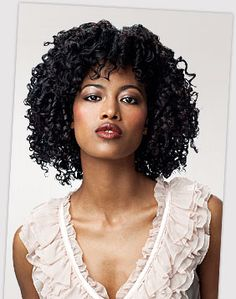 Ouidad's Kinky Curly Hair Tips    Prior to styling, apply a leave in conditioner and comb through with a wide tooth comb or fingers to create a moisture foundation.    Pairing a leave-in conditioner and anti-frizz styling gel together is a good combo to tame tighter curls and smooth flyaways.    Detangle with a conditioner in your hair and use a wide tooth comb or the Double Detangler  Next Tips