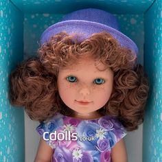 Paulina Violet Party is a lovely red haired doll with bright blue-green eyes from Vestida de Azul dolls collection. Blue Green Eyes, Red Hair, Dolls, Disney Princess, Disney Characters, Party, Collection, Blue Nails, Baby Dolls