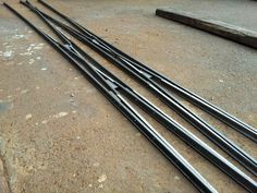 This photo is a railway branch device called double slip.