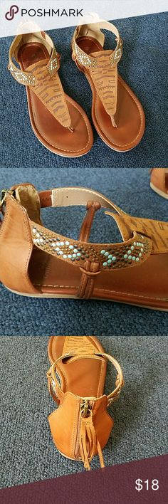 Sandals RuffHewn Brown sandals size 9.  Excellent condition. RuffHewn  Shoes Sandals