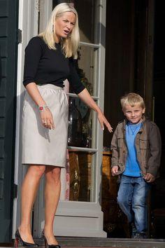 Princess Mette-Marit Photos: Princess Mette-Marit of Norway Attends Opening of Global Shapers Oslo