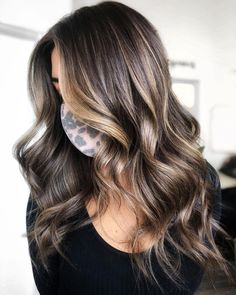 Brunette To Blonde, Balayage Brunette, Curled Hairstyles, Cool Hairstyles, Hair Inspo, Hair Inspiration, Beachy Hair, Hair Shades, Hair Color And Cut