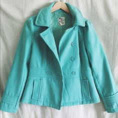 Mint peacoat Mint colored peacoat with detachable hood. So cute and feminine. Great quality. Worn only a couple times. Size medium Tulle Jackets & Coats Pea Coats