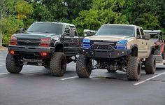 jacked up chevy trucks pictures Jacked Up Chevy, Chevy Duramax, Lifted Chevy Trucks, Gm Trucks, Jeep Truck, Chevrolet Trucks, Diesel Trucks, Cool Trucks, Pickup Trucks